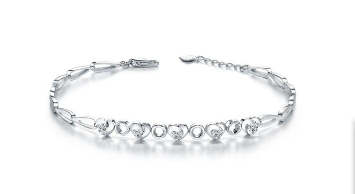 今日钻石手链回收价格多少钱